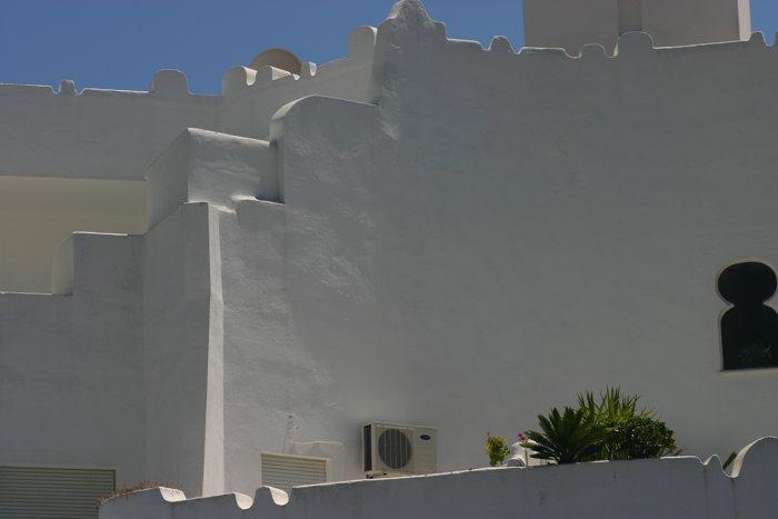 Weiße Häuserwände in Andalusien - #fotoprojekt17 - diephotographin