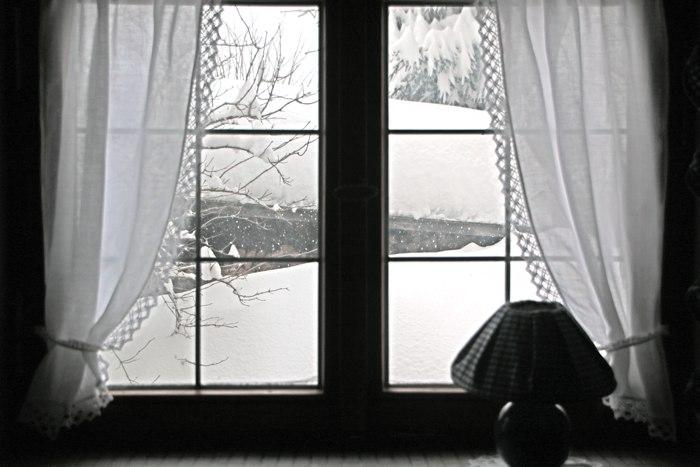 Blick aus dem Fenster - Winter in Bayern - Increase Creativity